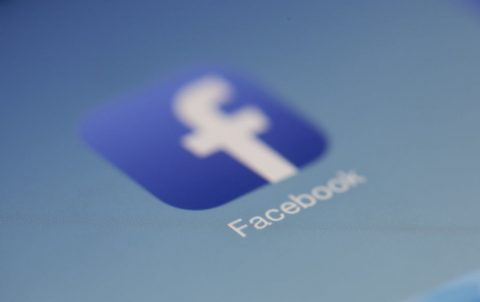 facebook contre fake news majescom webmarketing